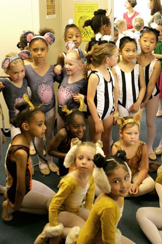 Backstage Ballet Show